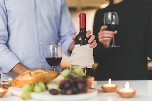 Základová fotografie zdarma na téma alkohol, červené víno, chuť, dospělý