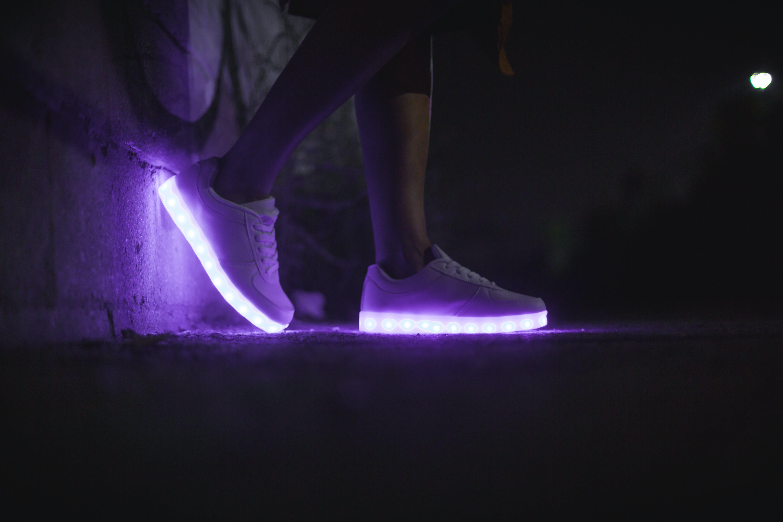 White Low-top Sneakers \u00b7 Free Stock Photo