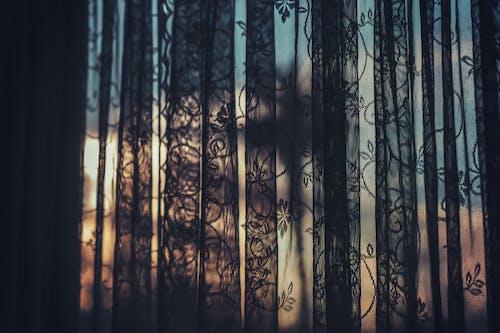 Ilmainen kuvapankkikuva tunnisteilla ikkuna, kevyt, kirkas, nauha