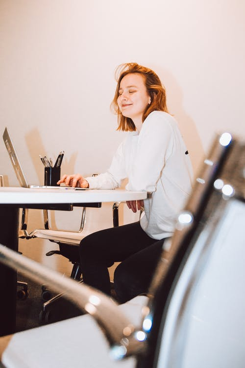 Imagine de stoc gratuită din adult, angajat, așezat, birou