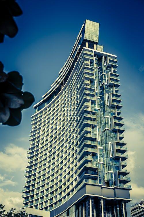bina, Çevre düzenleme, çizelge, gökdelenler içeren Ücretsiz stok fotoğraf