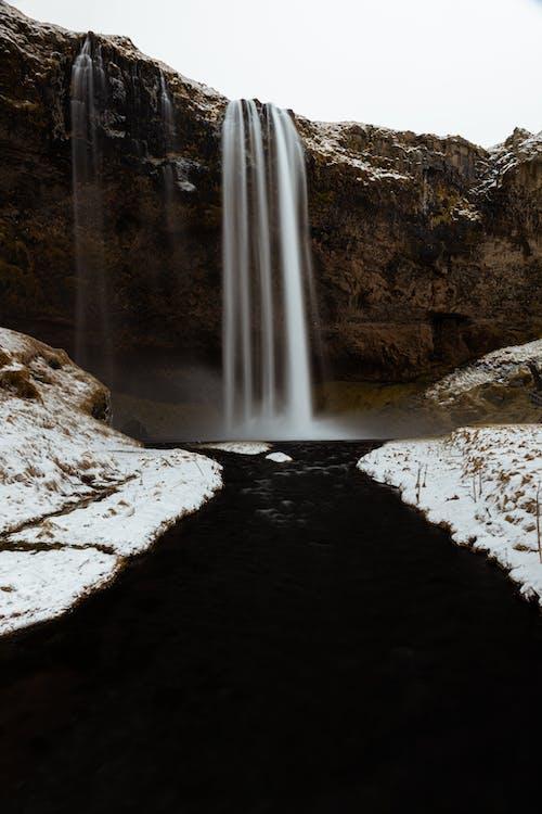 Foto d'estoc gratuïta de a l'aire lliure, aigua, cascada, erosió
