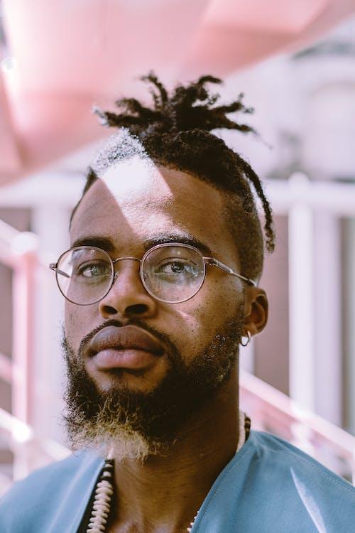 Fotobanka sbezplatnými fotkami na tému brada, černoch, chlap, človek