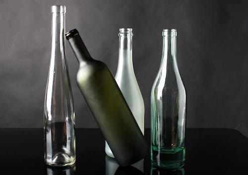 Foto profissional grátis de bebida alcoólica, copo, desocupado, esvaziar