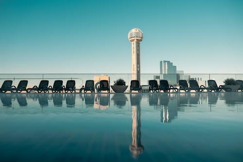 Základová fotografie zdarma na téma architektura, bazén, budova, centrum města