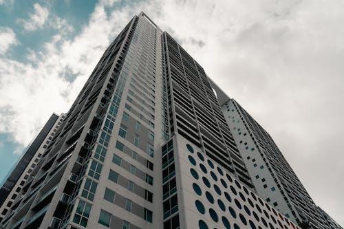 Základová fotografie zdarma na téma architektura, epické, exteriér budovy, krásná obloha