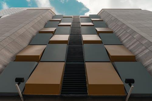 Základová fotografie zdarma na téma architektura, barvy, exteriér budovy, krásná obloha