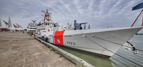 Fotos de stock gratuitas de barco, buque, cortador