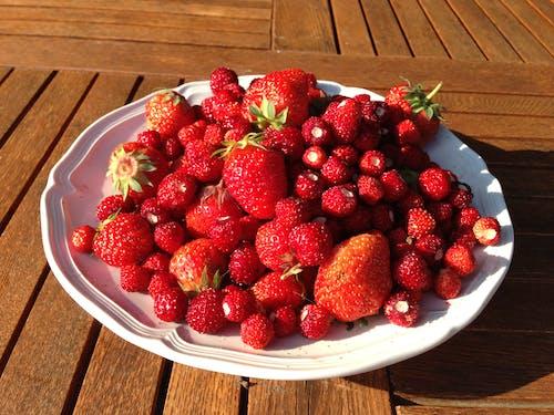 Free stock photo of berries, strawberries, strawberry
