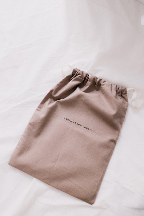 Leinwand Tasche Auf Weißem Hintergrund