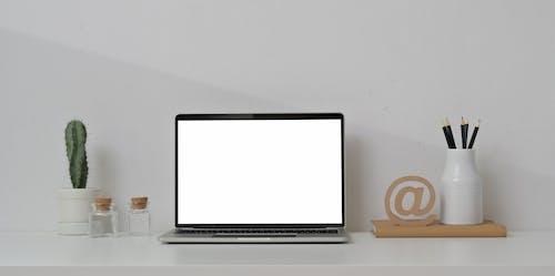 Základová fotografie zdarma na téma bezdrátový, elektronická klávesnice, elektronická zařízení, elektronika