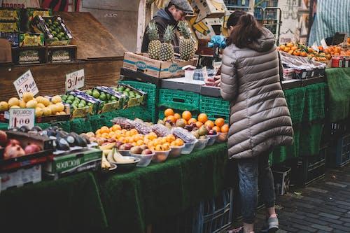Kostenloses Stock Foto zu der umsatz, einkaufen, erwachsener, essen