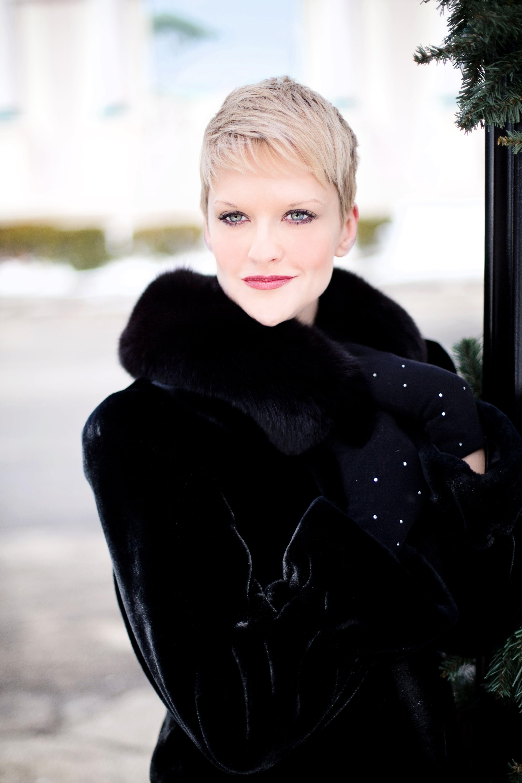 Kostenloses Stock Foto zu blond, fashion, frau, frisur