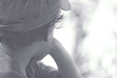 Kostenloses Stock Foto zu junge, retro, schwarz und weiß