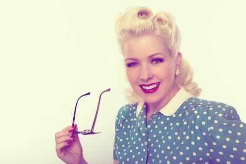 Imagine de stoc gratuită din 60 de, adult, atrăgător, blondă