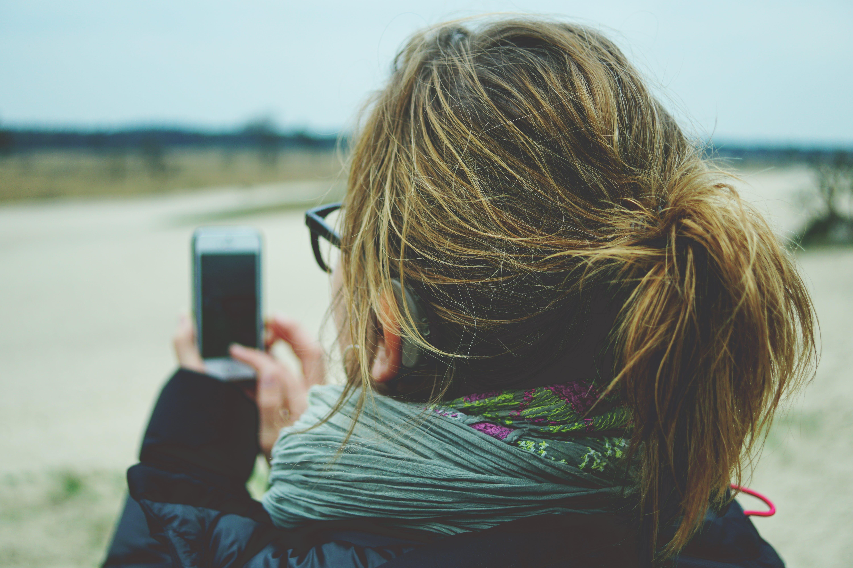 daylight, girl, iphone