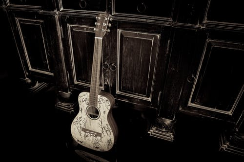 Free stock photo of autograph, dark, Martin Guitar, wood