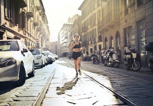 Kostenloses Stock Foto zu active wear, aktiv, ausdauer, bürgersteig