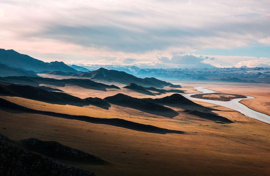 prairie-highway-the-scenery-mountain-376