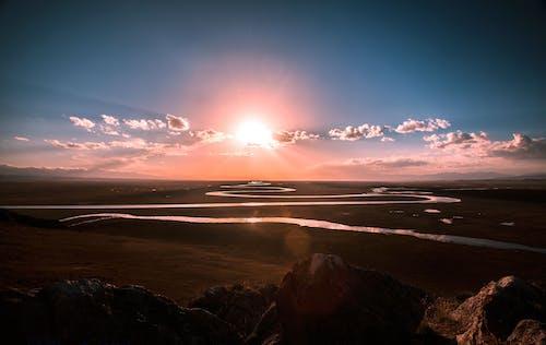 太陽, 日出, 草原, 雲 的 免费素材照片