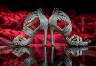 shoes, blur, reflection