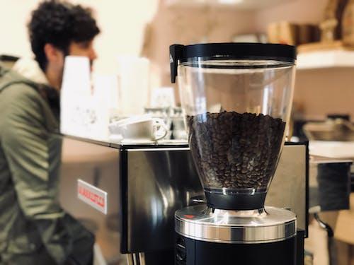 Darmowe zdjęcie z galerii z czarna kawa, ekspres do kawy, kawa, kawiarnia
