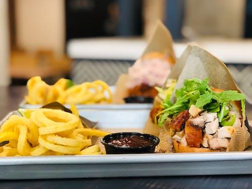 BBQ, 감자튀김, 군침이 도는, 담그다의 무료 스톡 사진