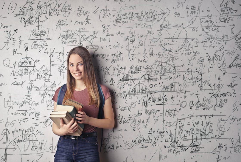 EEBC – International Post-Graduate ngành Vật lý học