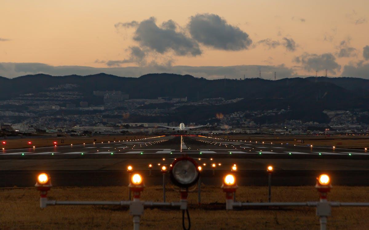 Základová fotografie zdarma na téma aerolinka, cestování letadlem, dopravní letoun