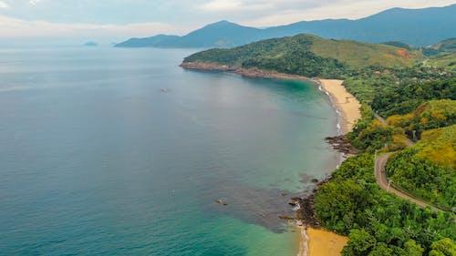 Garis Pantai Hijau Eksotis Lautan Dari Drone