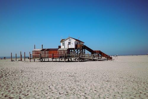 Kostenloses Stock Foto zu blau, himmel, ozean, strand