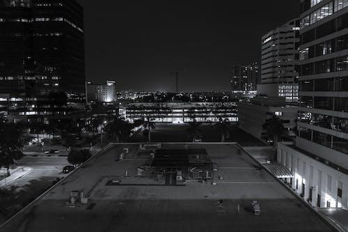 #blackandwhite #architecture #city #crane #explore 的 免费素材照片