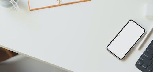Foto d'estoc gratuïta de agulla, amunt, blanc, cadira