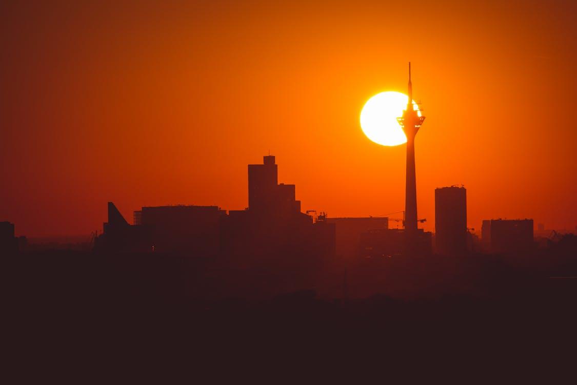 傍晚天空, 傍晚的太陽, 城市