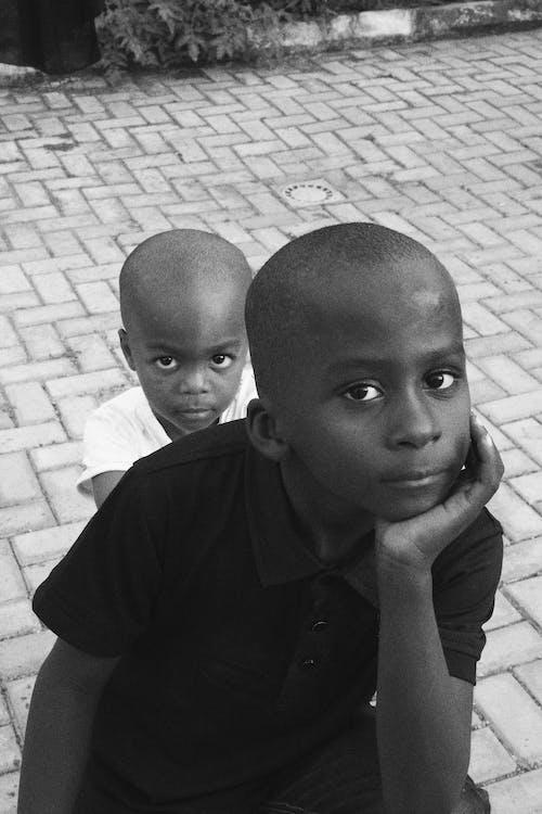 Безкоштовне стокове фото на тему «Африка, Африканський, африканські діти, брати»