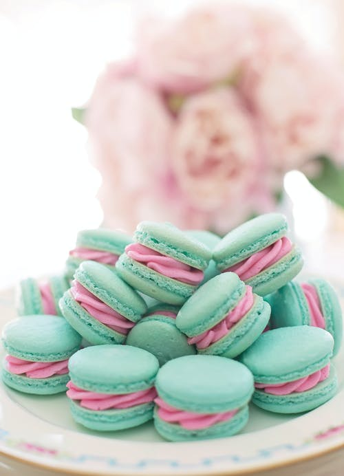Photo De Macrons Sur Assiette