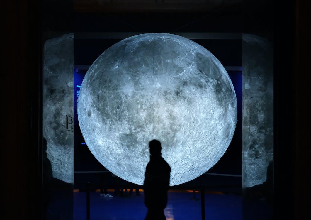 arkadan aydınlatılmış, astroloji, astronomi içeren Ücretsiz stok fotoğraf