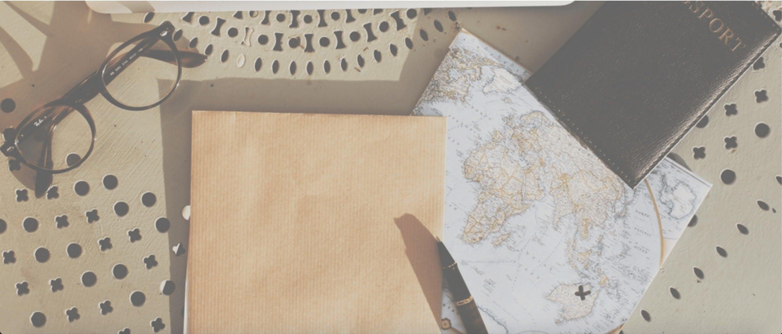 Δωρεάν στοκ φωτογραφιών με γραφείο, γραφείο εργασίας, διαβατήριο, χάρτης