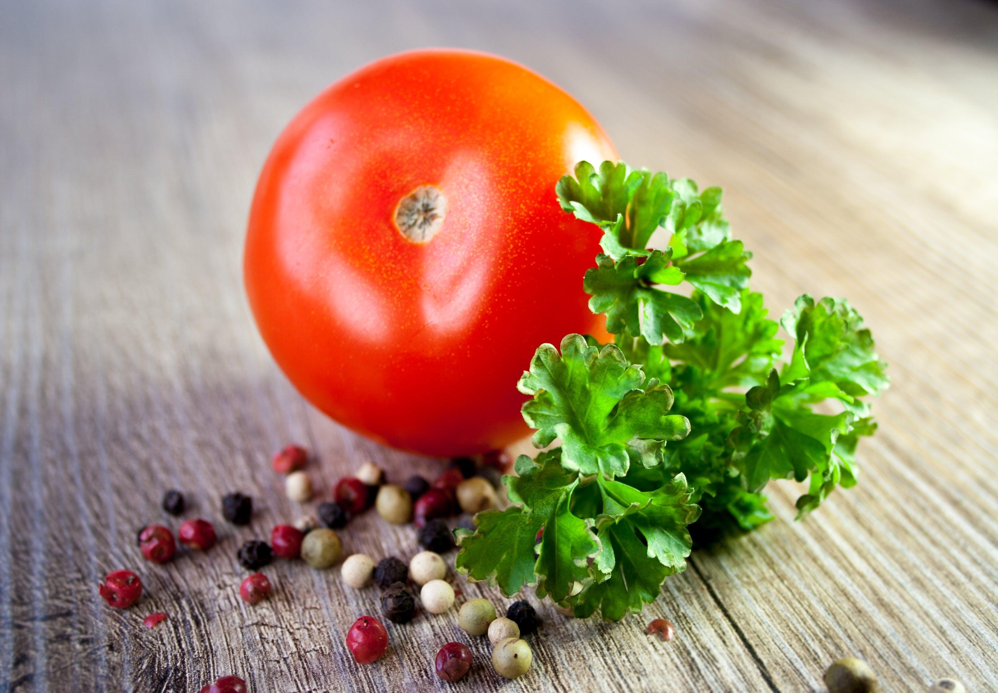 Kostenloses Stock Foto zu essen, gemüse, gesund, holztisch