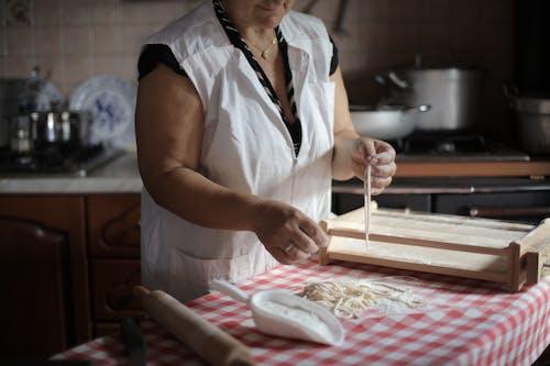 Foto profissional grátis de alimento, assando, balcão de cozinha, caseiro