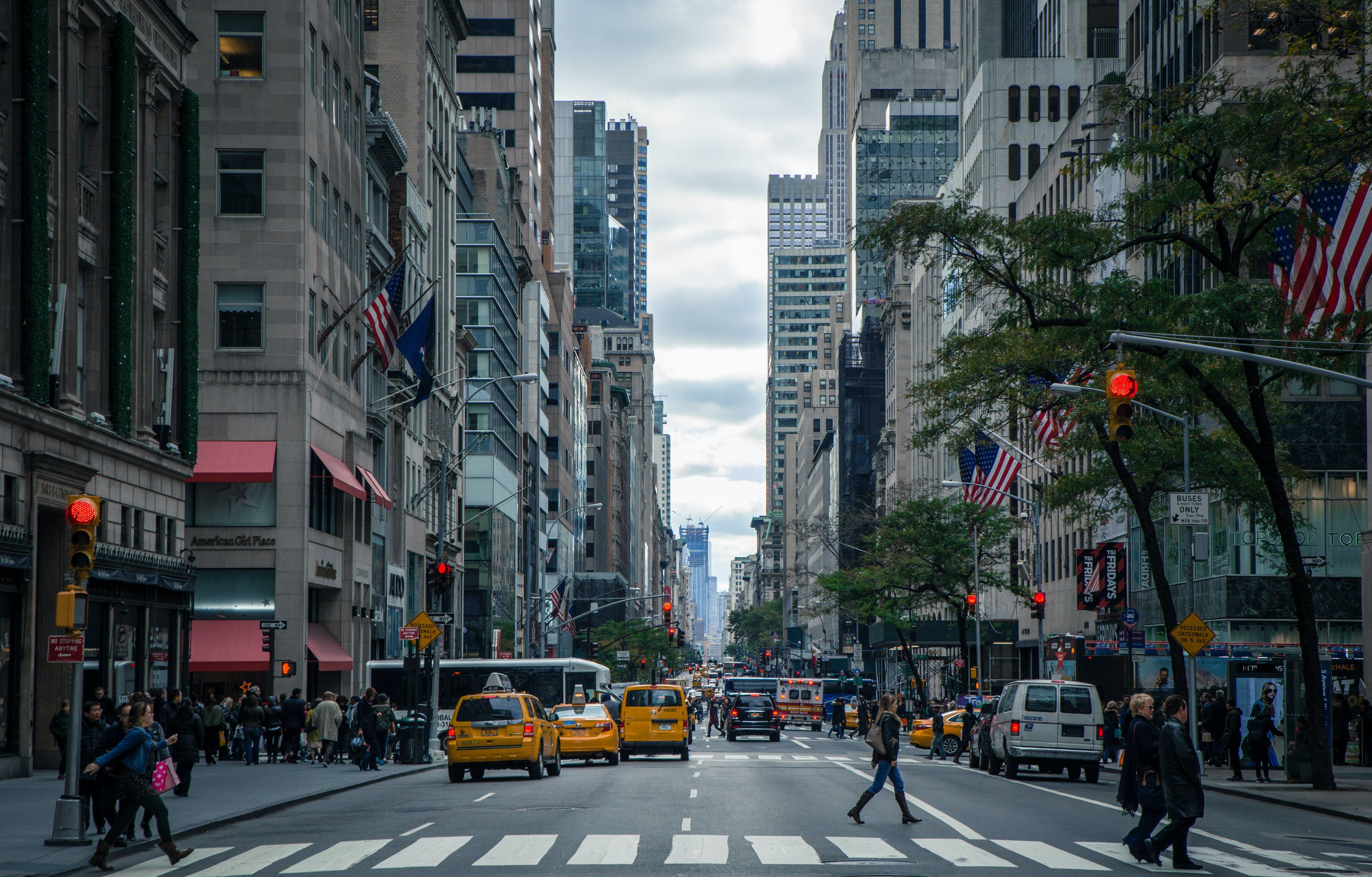 Kostnadsfri bild av amerika, arkitektur, bilar, byggnader