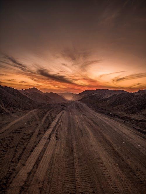 丘陵, 日出, 日落, 晚間 的 免費圖庫相片