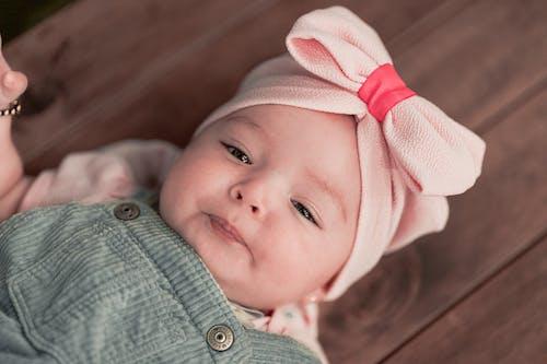 Foto profissional grátis de adorável, bebê, bonitinho, cara