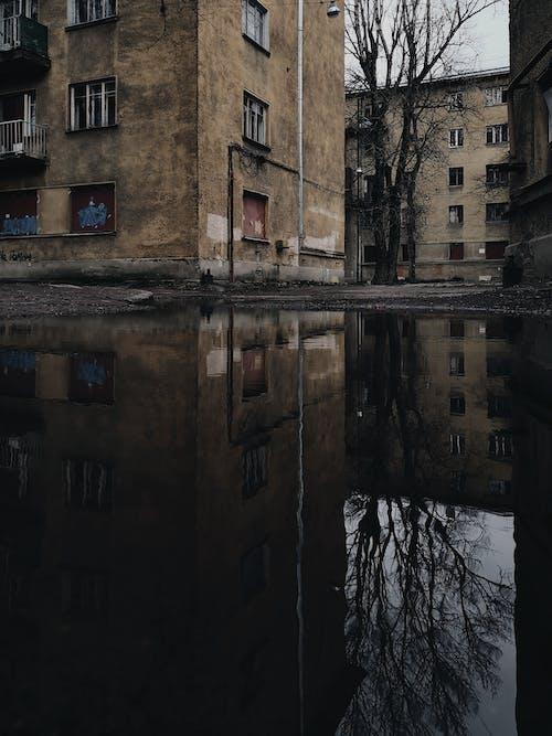 Gratis stockfoto met achtergelaten, architectuur, details, leeg gebouw