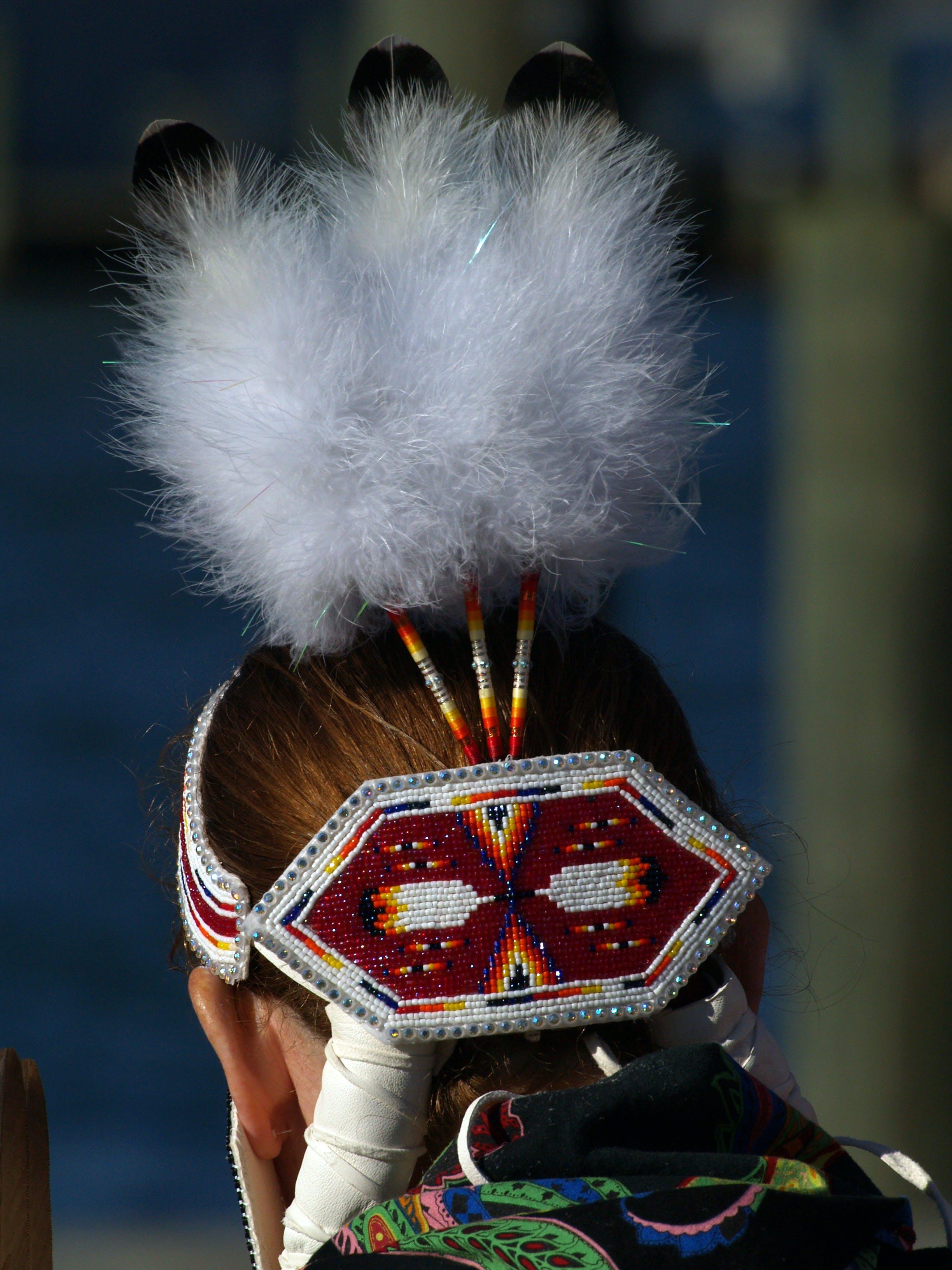 Free stock photo of feathers, native american headress, woman
