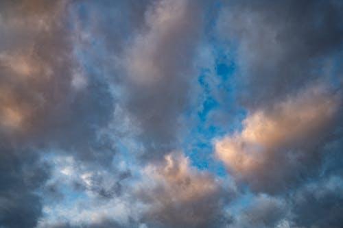 Δωρεάν στοκ φωτογραφιών με skyscape, αέρας, απαλός, ατμόσφαιρα