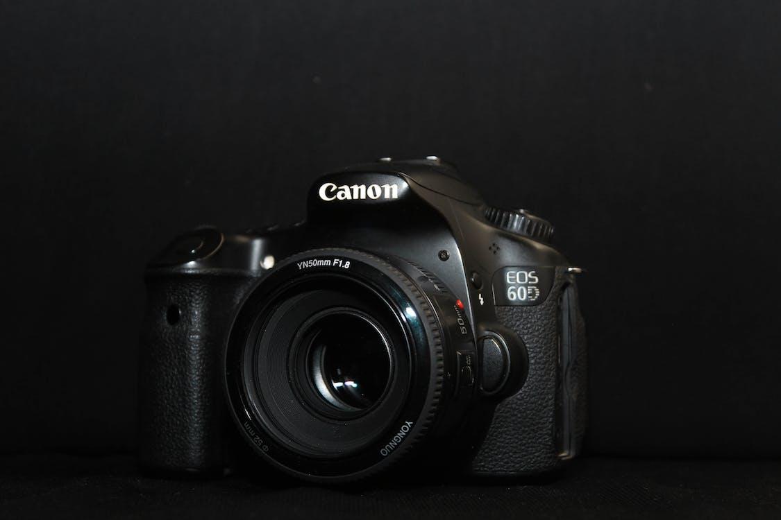 Kostenloses Stock Foto zu canon, kamera, produktfotografie