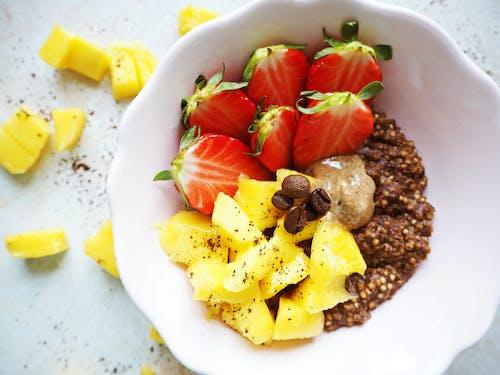 Photos gratuites de alimentation saine, aliments, ananas, assiette