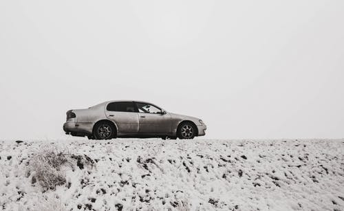 Free stock photo of car, road, smoke, snow