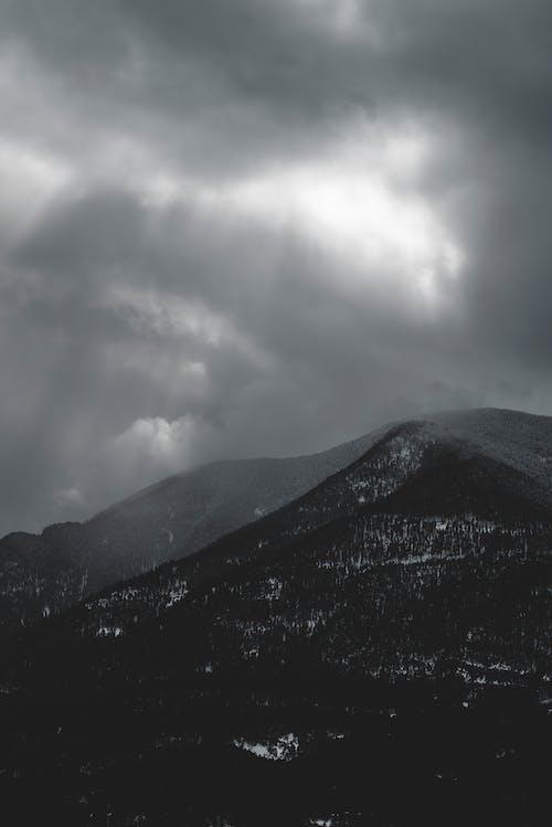 Fotobanka sbezplatnými fotkami na tému krajina, krkonoše, modré hory, terén